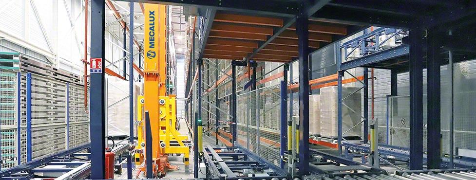 Il magazzino automatico di Steris per la sterilizzazione dei prodotti