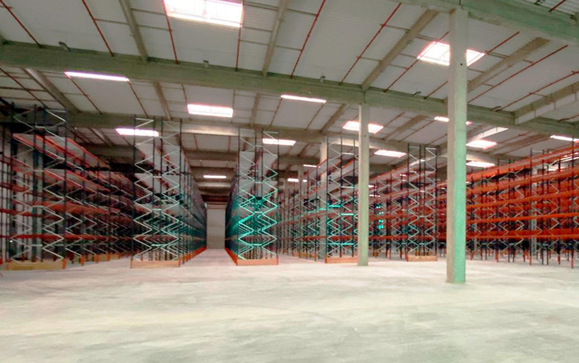 Il magazzino di Téréva in Francia ha una capacità di oltre 23.500 posti pallet