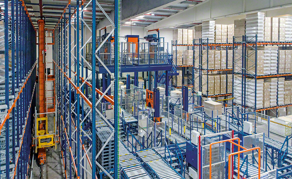Automazione del centro logistico di Laboratories Maverick