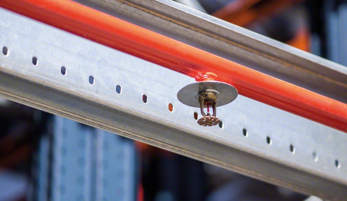 L'installazione dei sistemi antincendio è cruciale per qualsiasi magazzino