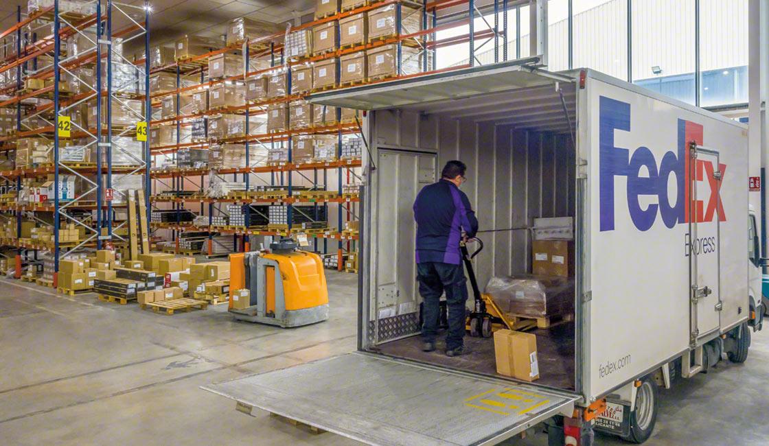 Una buona disposizione e organizzazione del magazzino ripercuote positivamente su tutti i cicli operativi
