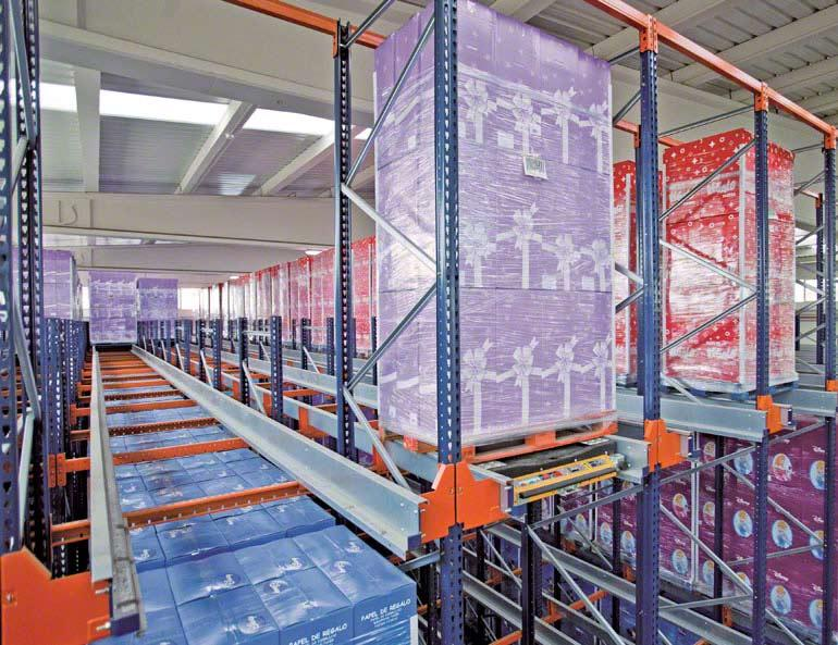 Pallet Shuttle installed in a company in the decorative wrapping paper sector.